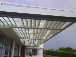 La Vidriera - Servicios - carpinteria en aluminio - marquesina