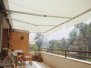 La Vidriera - Servicios cortinas y persianas - toldo proyectante